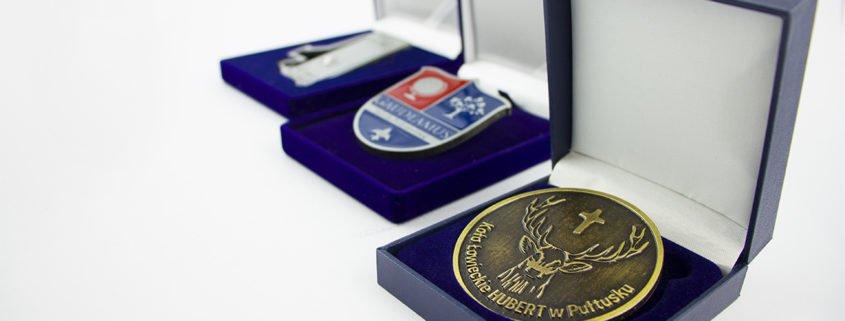 Medale okolicznościowe - przykłady wykorzystania