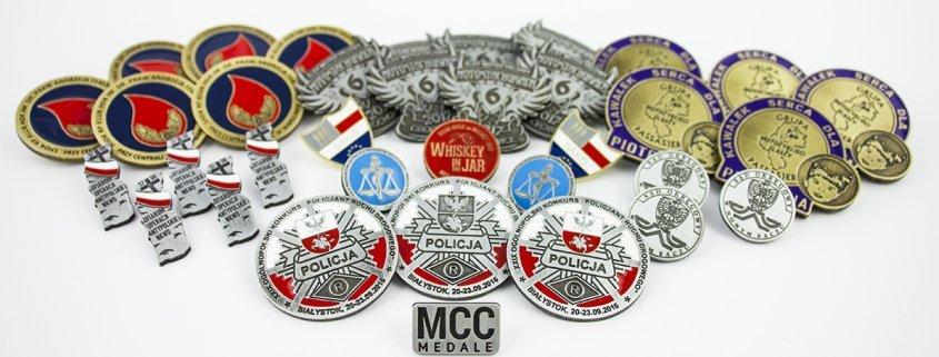 Przypinki reklamowe MCC Medale
