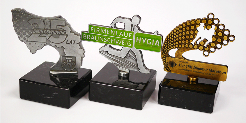 Statuetki firmowe na zamówienie z MCC Medale