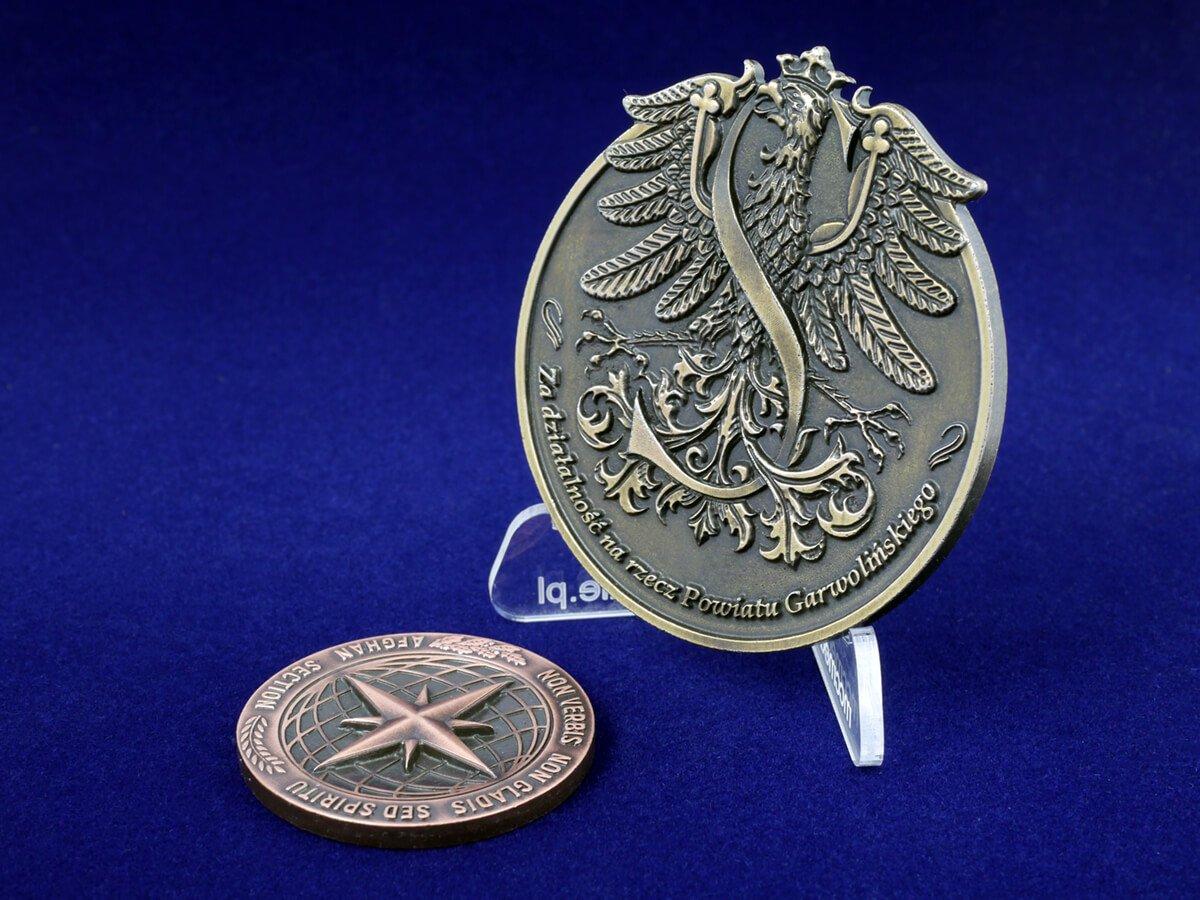 Pamiątkowe medale 3D na podziękowanie