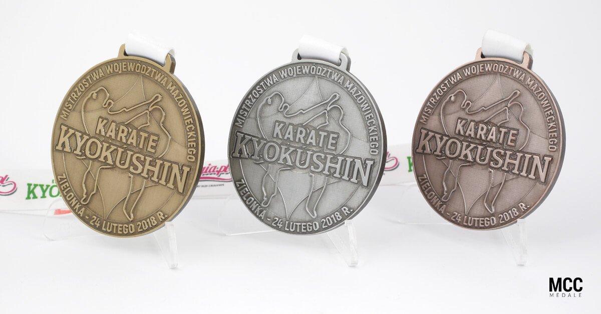 Medale na zawody karate