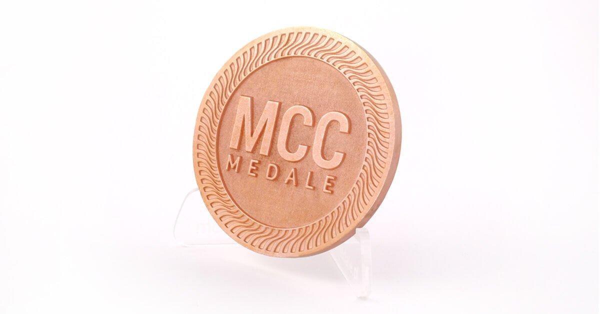 Błyszcząca miedź - kolor odlewów oferowany przez producenta medali - firmę MCC Medale