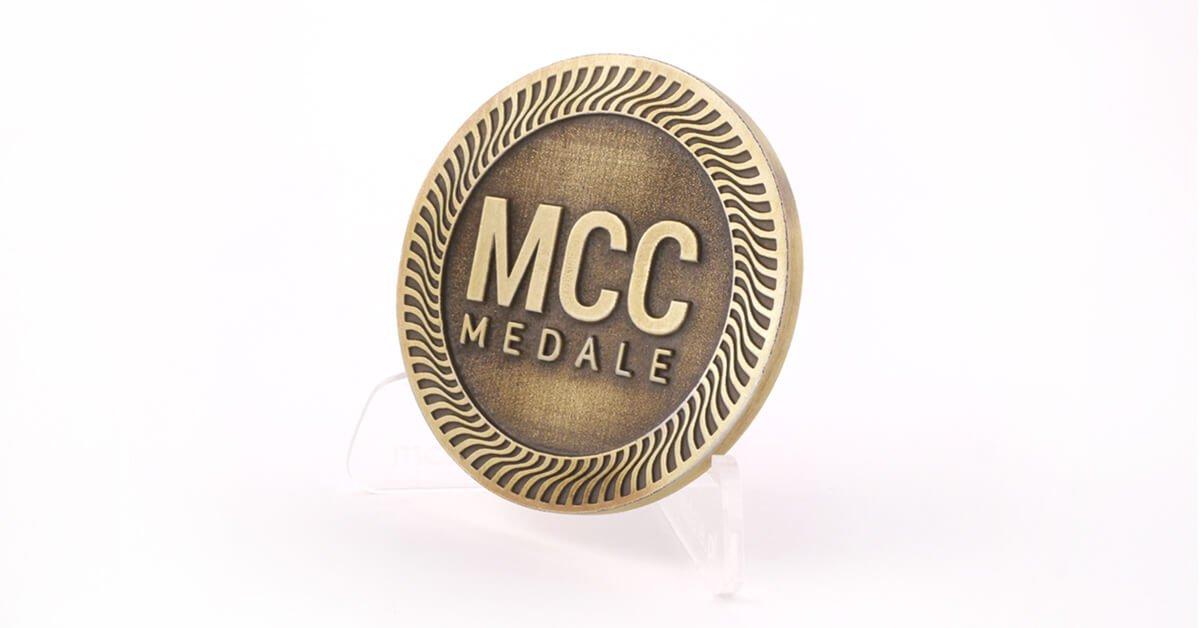 Złoto Polskie - patynowany mosiądz - jeden z kolorów odlewów dostępny w MCC Medale