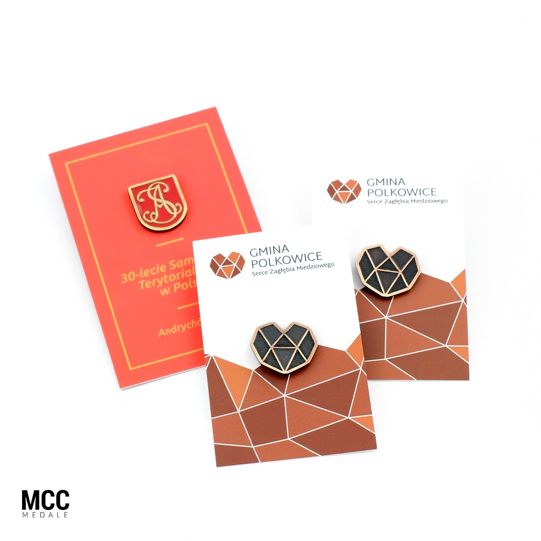 Karty na pinsy zamówione w MCC Medale