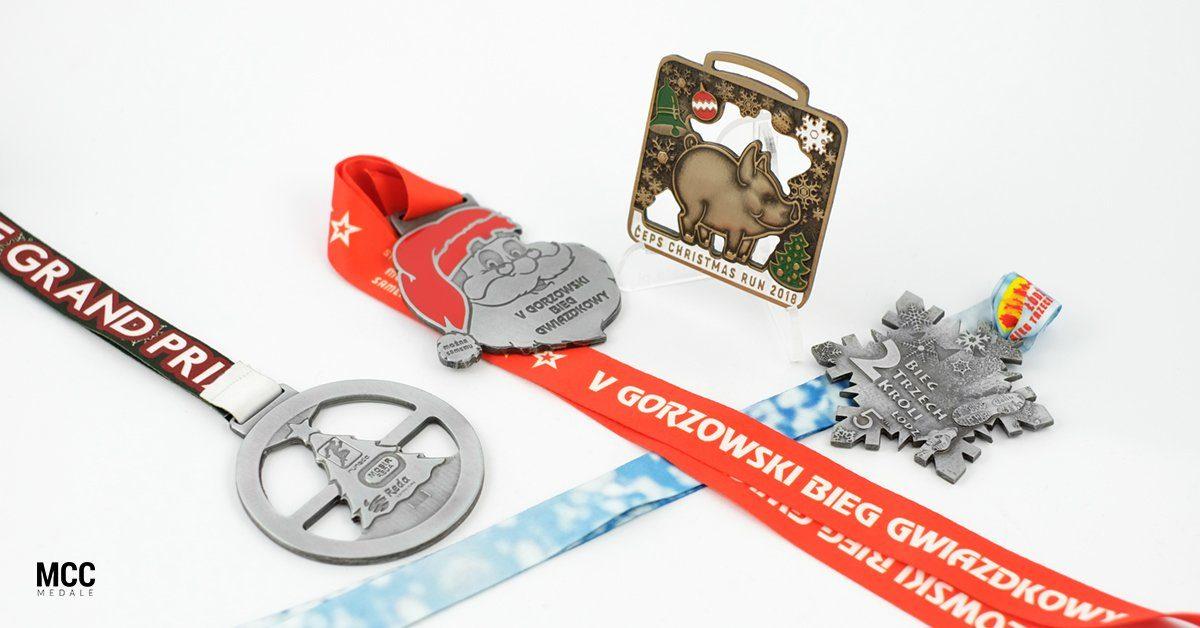 Medale na biegi mikołajkowe i biegi z okazji święta Trzech Króli