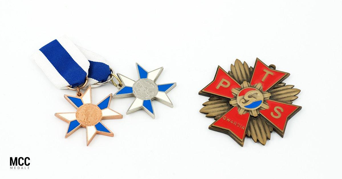 Klubowe ordery i odznaczenia z oferty MCC Medale