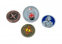 Kolorowe monety pamiątkowe na zamówienie