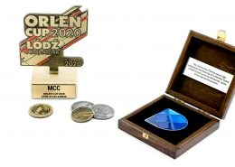 Prezenty grawerowane na wyjątkowe okazje wykonane przez MCC Medale
