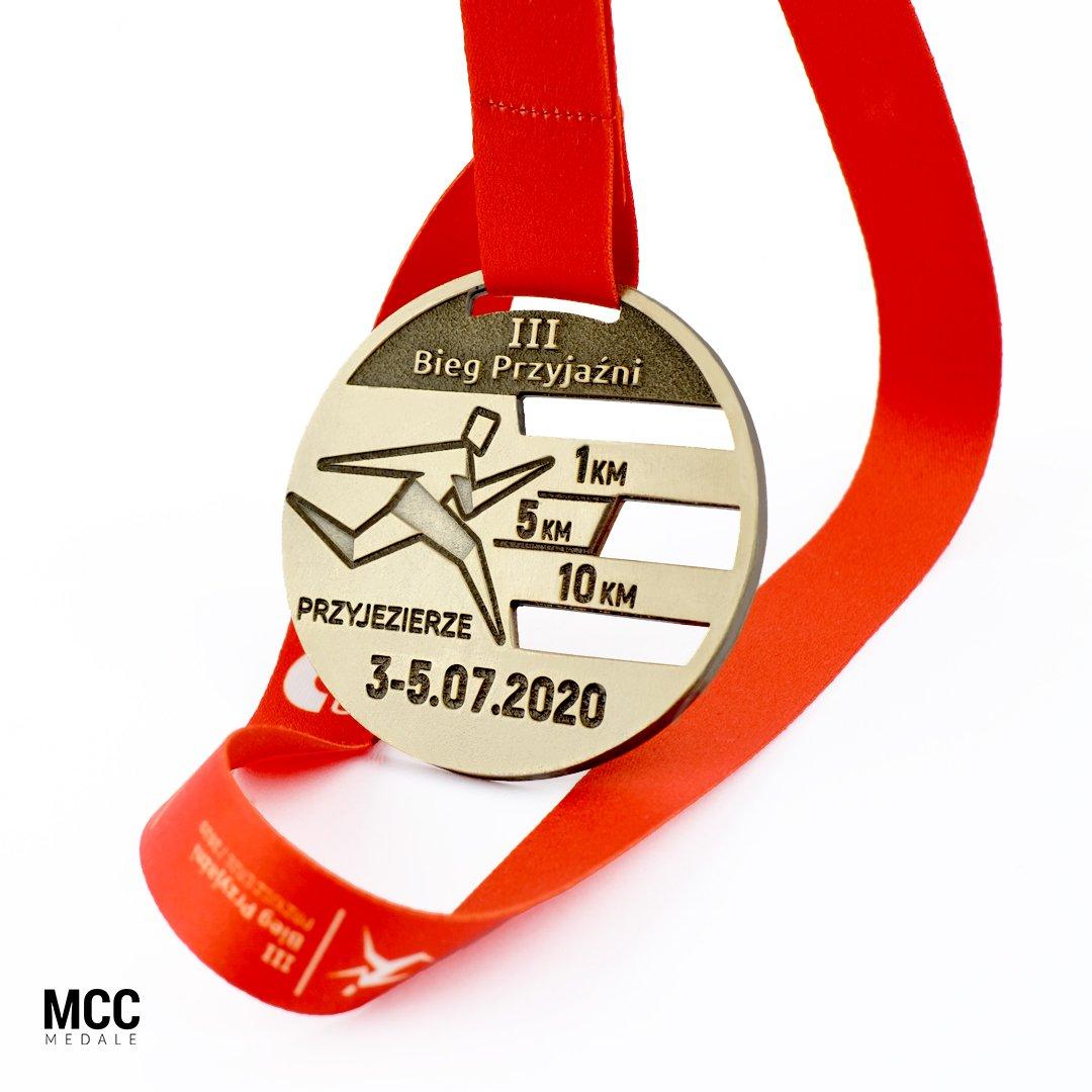 Projekt medalu przygotowany na Bieg Przyjaźni w Przyjezierzu