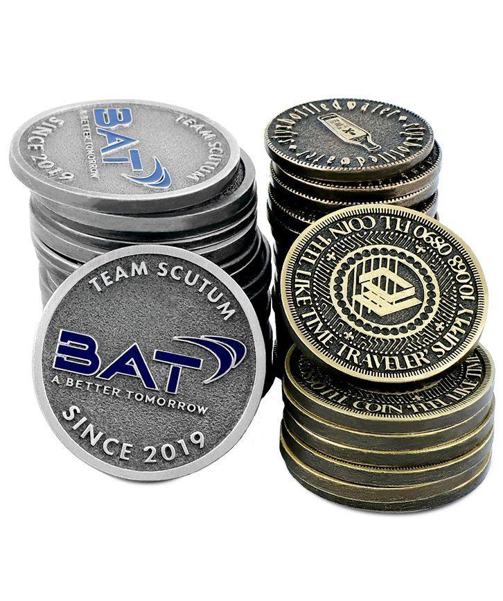 Kompozycja monet okolicznościowych wykonanych na zamówienie przez MCC Medale