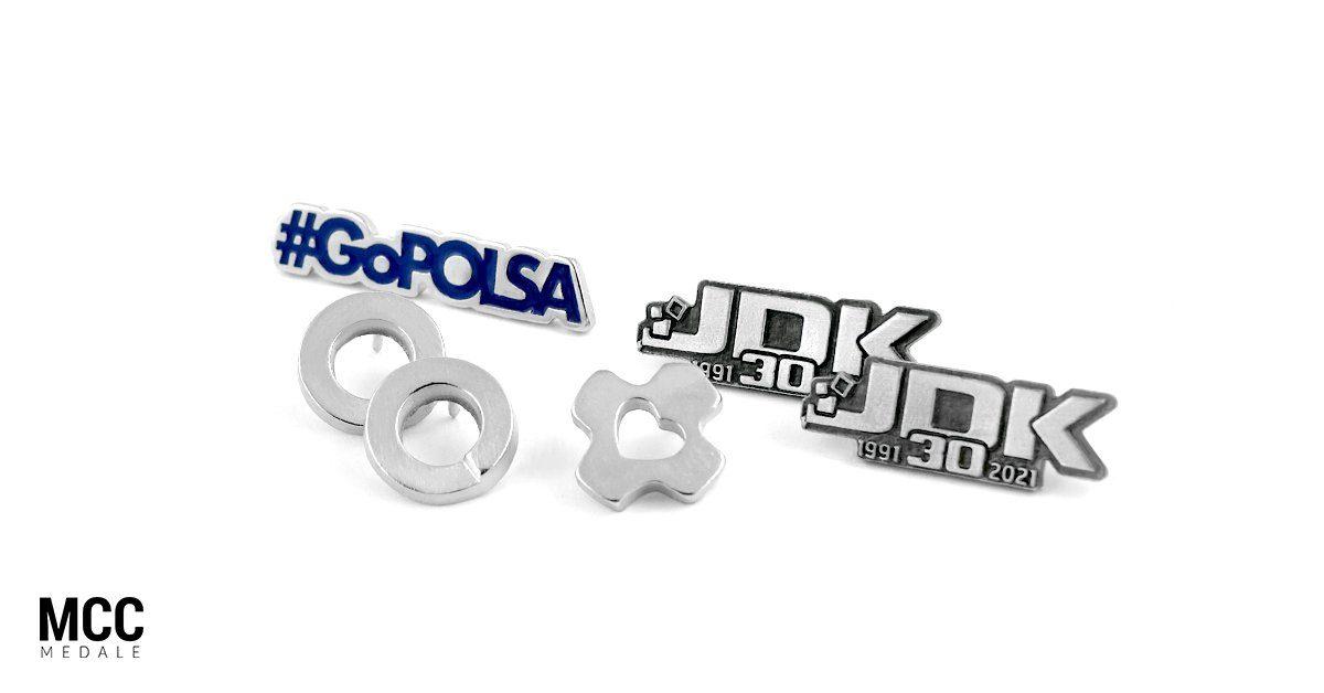 Przypinka z logo - produkcja przypinek w firmie MCC Medale