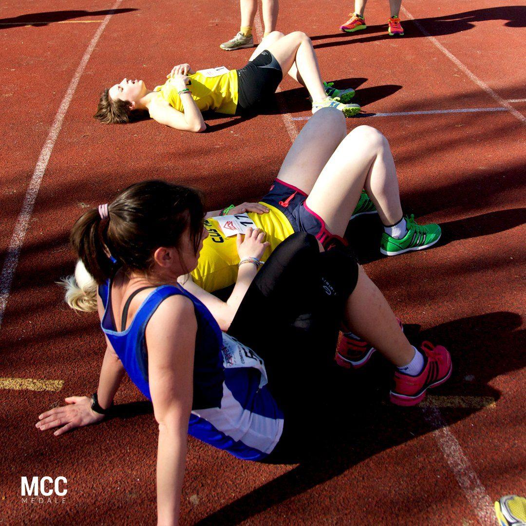 Zawodniczki po zawodach lekkoatletycznych
