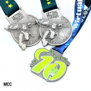Medale na biegi przełajowe wyprodukowane przez MCC Medale