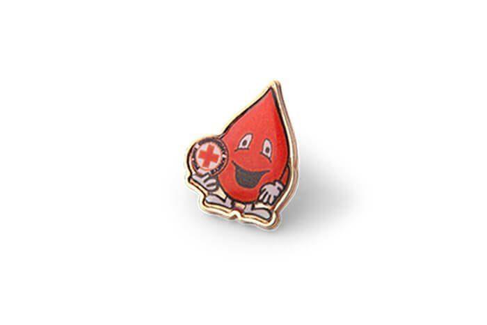 Pins 3D w kształcie kropli krwii