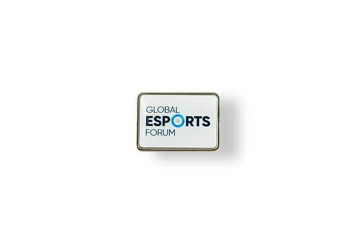 Global Esports Forum - przypinka z wklejką 3D wyprodukowane przez MCC Medale