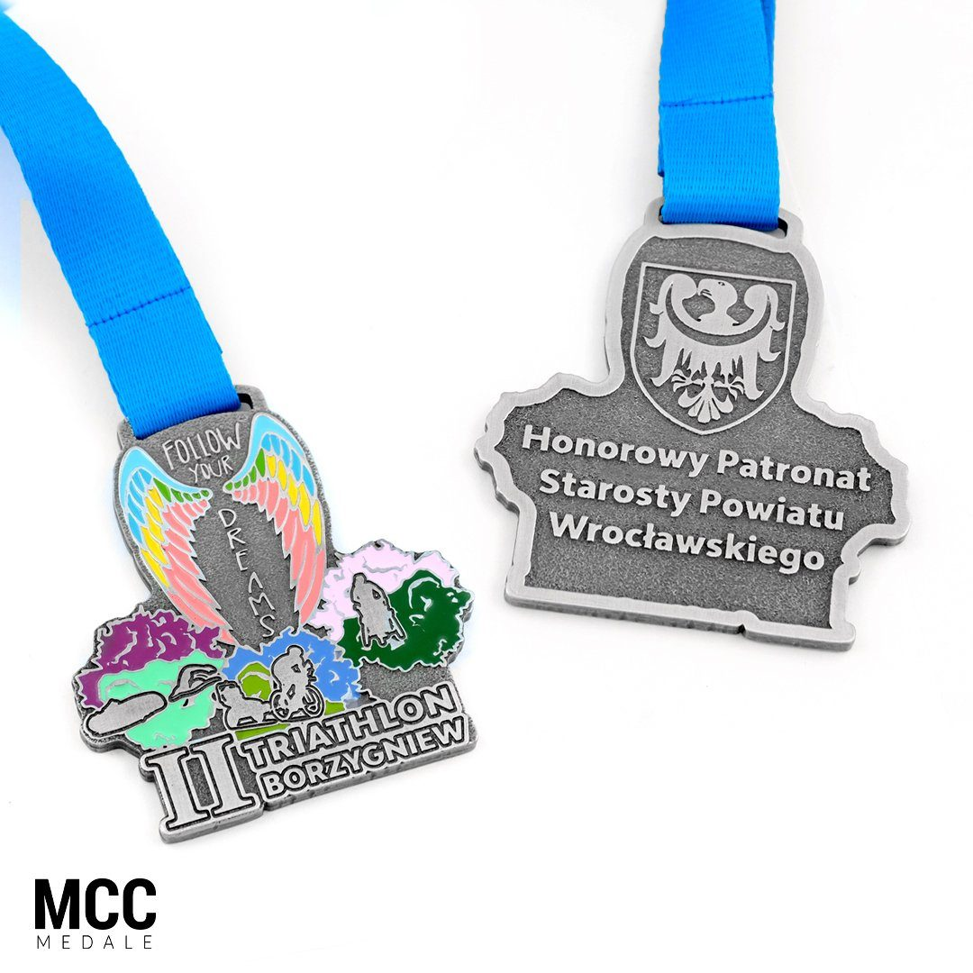 Projekt medali na II Follow Your Dreams Triathlon