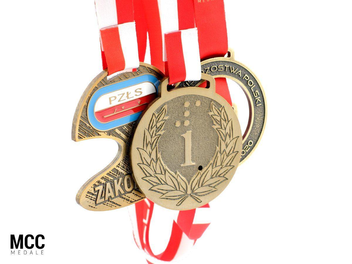 Złote medale MCC Medale