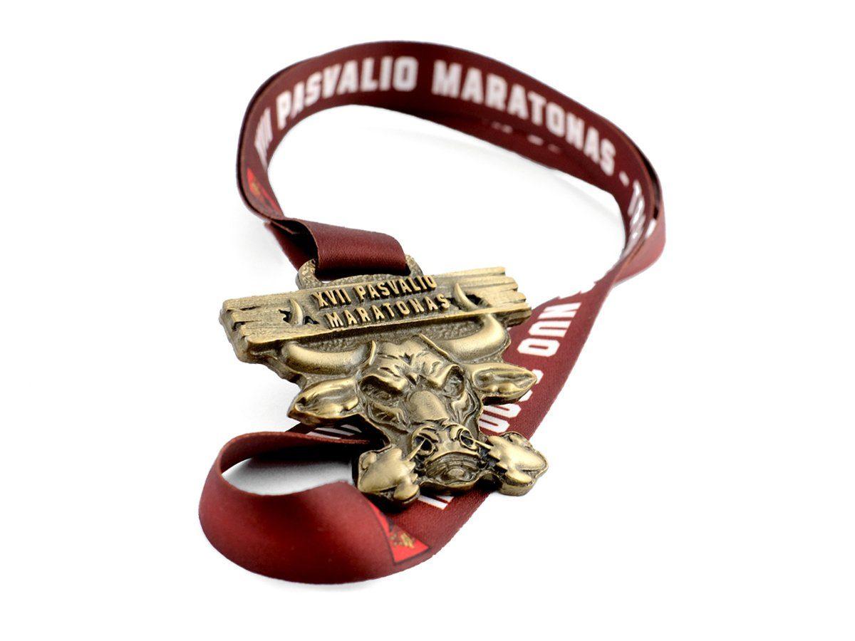 Medal odlewany ze wstęgą
