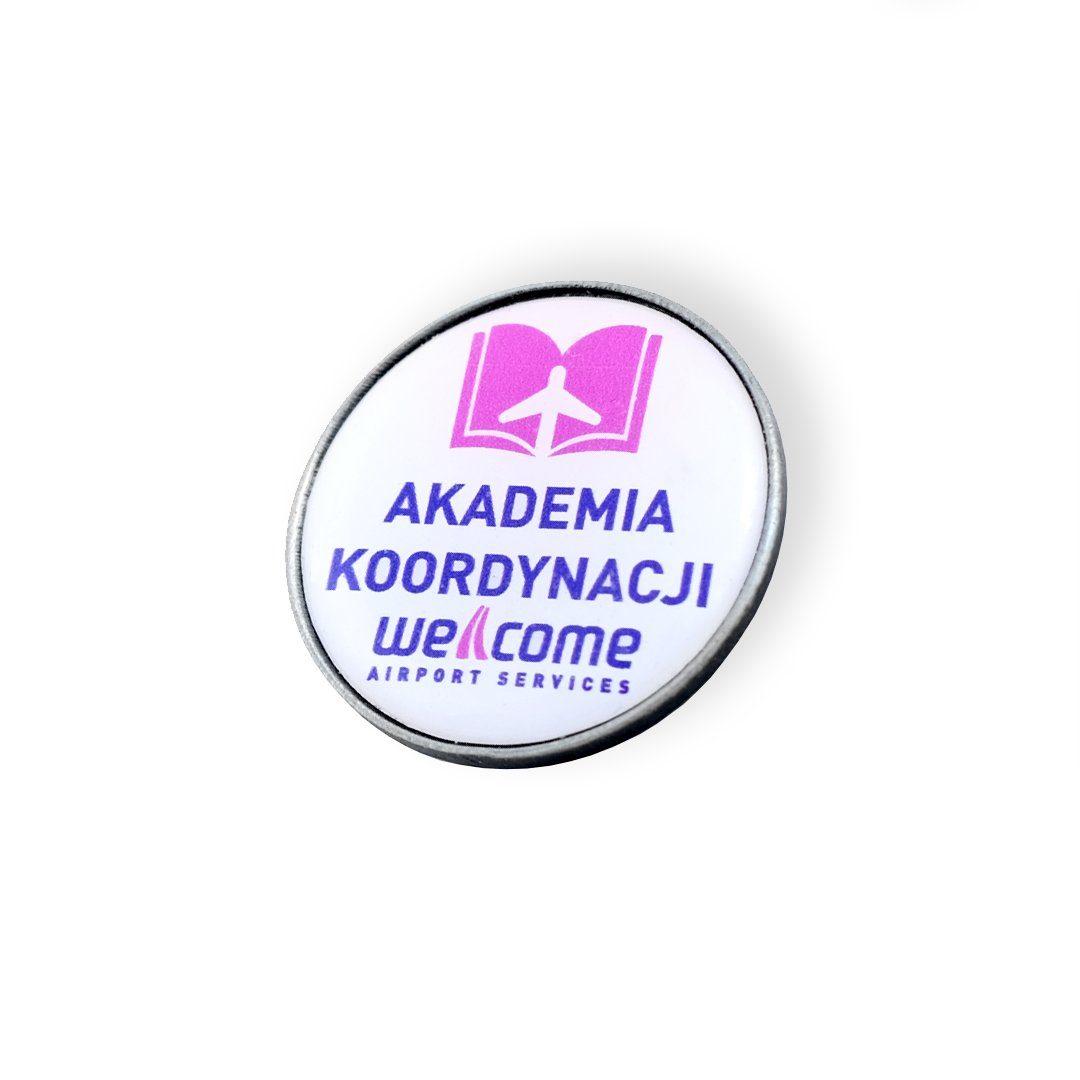 Pins z wklejką dla Akademii Koordynacji, wykonany technologii 3D